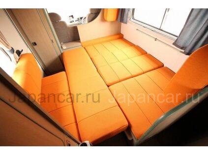 Автобус Isuzu ELF Альковный 2001 года во Владивостоке