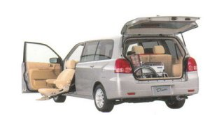 Mitsubishi Dion with Moving Passenger Seat 2005 г.