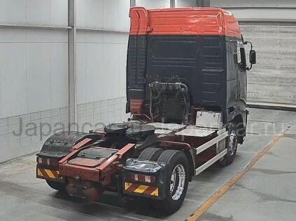 Седельный тягач Volvo FH-12 2011 года во Владивостоке